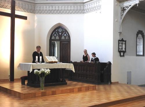 Nabożeństwo z chrztem 23 czerwca 2019 r. Prowadzą ks. Julia Meason i Marta Borkowska-1
