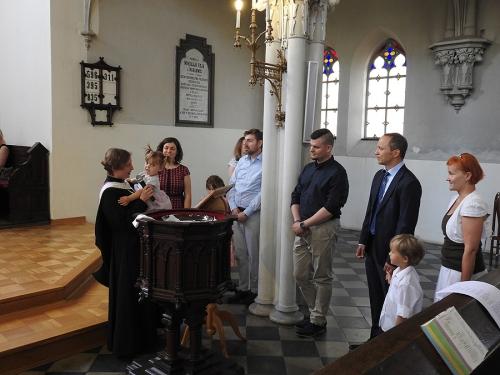Nabożeństwo z chrztem 23 czerwca 2019 r. Prowadzą ks. Julia Meason i Marta Borkowska-5